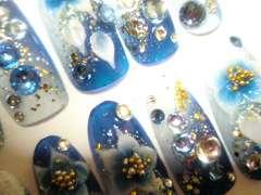 ホワイト×ブルー+金箔*グラデ花全スワロ/ジェル成人式