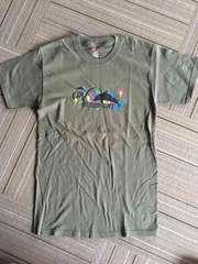 カーキ色Tシャツ 新品未使用