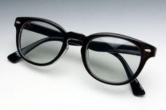 ジョニーデップタイプのブラック黒のボストン型・薄スモーク新品