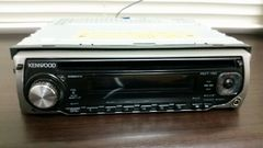 送料込み/KENWOOD/1DIN/AM-FM-CDデッキです。
