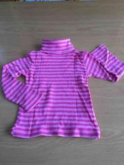新品同様!ピンクボーダータートルネック長袖Tシャツ!