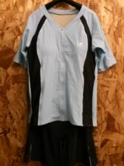 新品☆8L半袖・3分丈パンツのセパレート水着☆r412