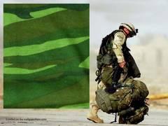 �V�i���ʃ{�f�C�t�B�b�g Army Camoflage �L�����t�� AC-100