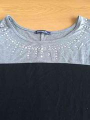 新品同様!!グレー×ブラックバイカラービジュー半袖Tシャツ!