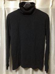 UNIQLO ユニクロ タートルネック長袖Tシャツ ロンTカットソー Sサイズ 細身 黒ブラック インナー
