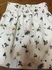 美品☆ノエラNoela花柄スカート定価13000円