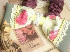 ハンドメイド*・゚お上品な薔薇柄、パッチワーク大きめリボンシュシュ†・゚
