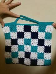 手編みのモチーフミニバック