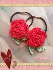 ハンドメイド/手編み♪レース編みお花のヘアゴム2個セット 528