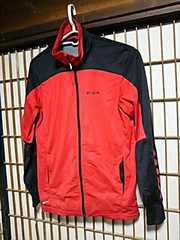 リーボックREEBOKジャージMサイズトラックジャケットスポーツウェア赤黒ナイキアディダスプーマ