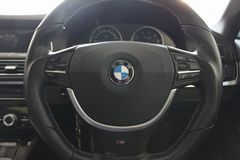 BMW ステアリングアクセントトリムモールF10 F11用 シルバー