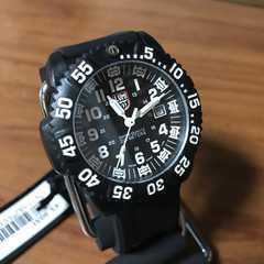 新品☆ルミノックス LUMINOX ネイビーシールズ 腕時計 3051