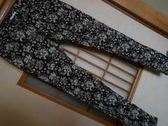 LEPSIM*スキニー花柄黒パンツM*クリックポスト164円