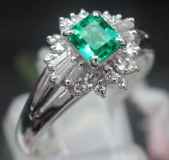 pt900 良質エメラルド0.47ct ダイヤモンド プラチナ 16号★3284