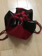 黒×濃赤 モダンな巾着 和小物