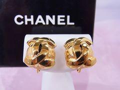 【即買い】シャネル ゴールド CCマーク 上品なイヤリング X-896 美品★dot