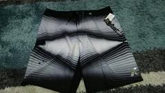 ハーレー  サーフパンツ  黒×白  サイズ34インチ  新品