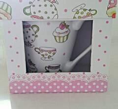 ギフトボックス付きマグカップ カップケーキ柄  贈り物などに〜