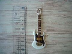 ミニチュア 楽器 ギター ドールハウス ドールにも