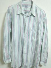 明るめストライプシャツ