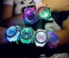 今回限り650円★Geneva レインボーLED腕時計 黒保証付き
