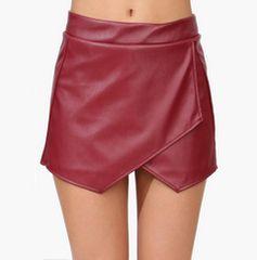 【ミニスカ風ショートパンツ★399】赤★レザー調★裾デザイン