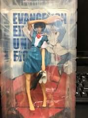 綾波レイの制服フィギュア☆箱付きの即決です♪(°▽°)
