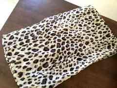新品!一押し 豹柄スカーフ おしゃれ。 ヒョウ柄