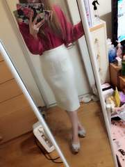 one*way☆新品ホワイトミディアム丈スカート