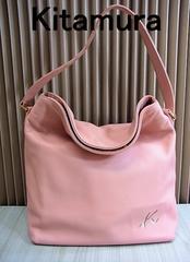 送無 Kitamura キタムラ レザー調 セミショルダーバッグ ピンク色 美品★dot