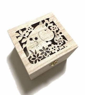 ムーミン&リトルミィくり抜き蓋付き木の箱