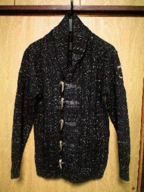 新品Roenロエン ラメ糸織スワロ装飾スカルワッペンダッフルニットガウン M < ブランドの