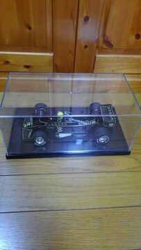 ロータスルノー97T(A.セナ)
