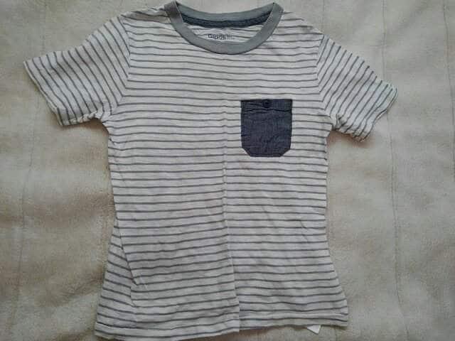 ギャップキッズ Tシャツ 中古 120  < ブランドの