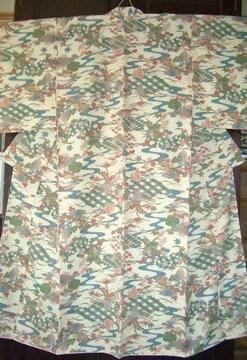 竹垣に流水紋様の 袷のお着物 未使用品