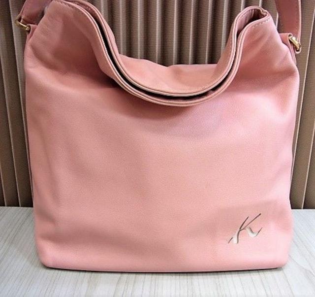 送無 Kitamura キタムラ レザー調 セミショルダーバッグ ピンク色 美品★dot < ブランドの