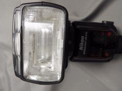 NikonスピードライトSB-910