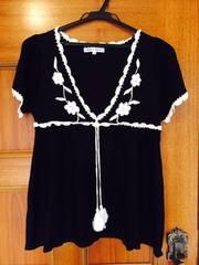 超美品 ジャイロ 白黒 ボヘミアン調 カットソー 刺繍