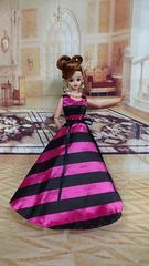 ジェニー、バービーのドレス