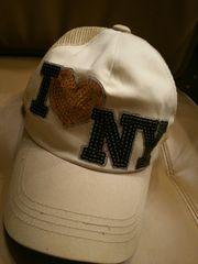 アイラブNYラインストーン系キャップ帽子ハートロゴベージュ黒