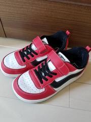 美品◆VANS◆ヴァンズ赤白黒スニーカー20センチ◆男女ok(^_^)v