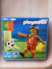 新品プレイモービル「ポルトガル選手」