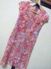 VIVAYOUピンクフリル花柄ひざ丈ワンピ2