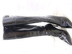 テカテカ光沢エナメル黒^女王様ブーツ踏まれて痛い爪先鋭角