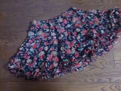 one way 花柄の可愛いミニスカート 美品
