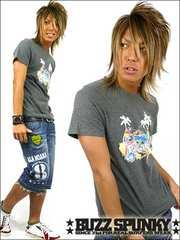 BUZZSPUNKY(バズスパンキー)ParadiseスプレーTシャツL