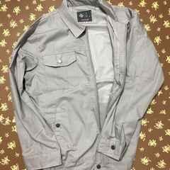 灰色空調服