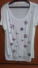 chestyマルチカラービジューカットソーTシャツ
