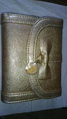 送料込タグ無し未使用 ゴールドガマ口二つ折り財布最終値下げ