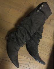 モバオクで買える「*Jerry Girl *茶シャーリングロングブーツ*」の画像です。価格は10円になります。
